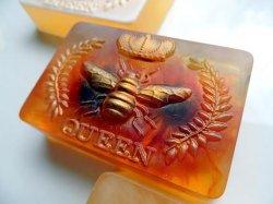 Мило з вівсянкою та медом із мильної основи