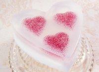 Мыло в форме сердца из основы