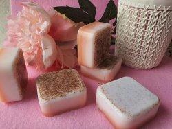 Абрикосовое мыло-скраб с нуля холодным способом