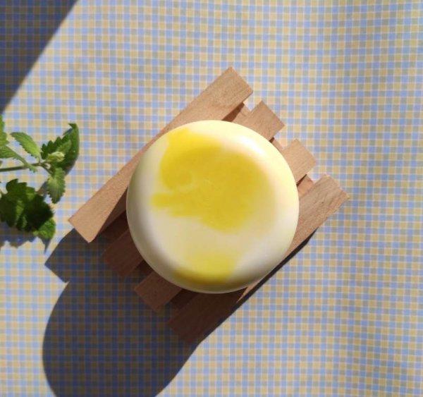 Лимонне мило з основи