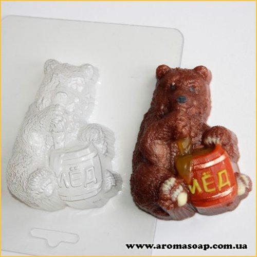 Мишка с бочонком 85 г (пластик)