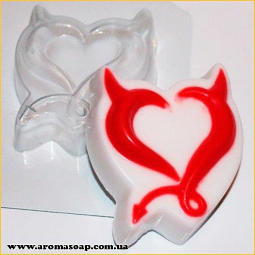 Роковое сердце 80г (пластик)