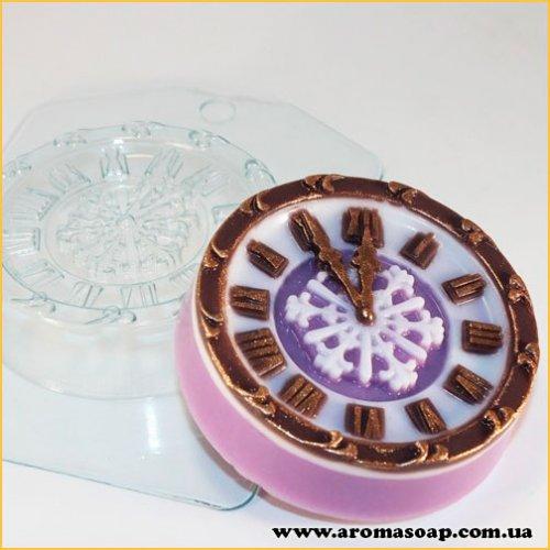 Часы новогодние 100 г (пластик)