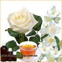 Білі квіти запашка