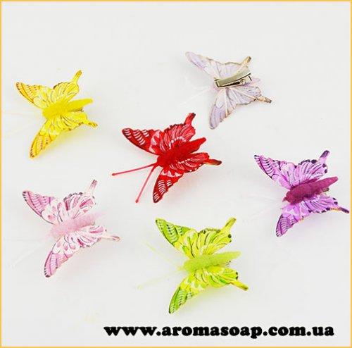 Метелик на прищіпці в асортименті 1шт