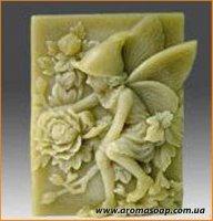 Ельф в ковпачку (з трояндами) еліт-форма