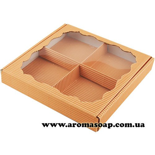 Коробка гофро квадратная с фигурным окошком Персиковая под набор