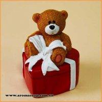 Ведмедик на серці з бантом 3D еліт-форма