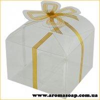 Пластикова коробочка з золотим бантом низька
